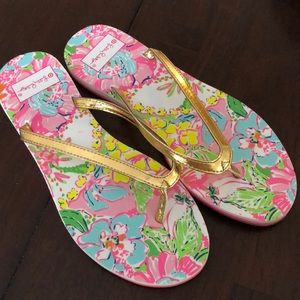 Lilly Pulitzer Gold and Pink Flip Flops